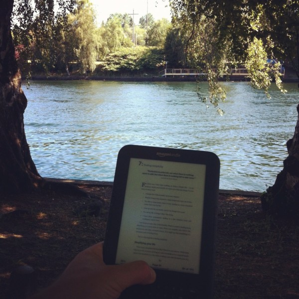 Kindle on the ship canal